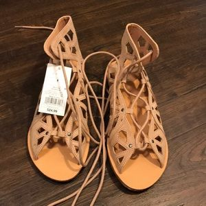🍂FALL LACE-UP SANDALS NWT